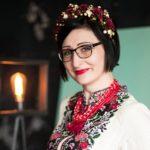 «Рукоділля збалансовує гормональний фон в організмі жінки», – тернопільська поетеса Зоряна Замкова