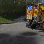 На дорогах Тернопільщини сьогодні вклали 180 тонн асфальтобетону