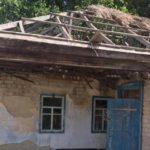 Тернополянка жахнулася, як зруйнували музей-садибу Остапа Вишні