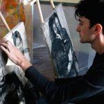 Митець, який досліджує власне життя, покаже тернополянам свою творчість