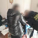На Тернопільщині жінка отримала 6400 тисяч гривень за сприяння в здачі екзаменів на право керувати авто