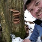 У лісах Тернопільщини люди збирають гриби серед зими (відео)