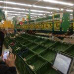 Чи справді на полицях польських магазинів не залишилося продуктів харчування (фото)